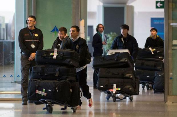 Ngoại binh người Brazil của đội bóng tại Vũ Hán tiết lộ: Nhiều cầu thủ sợ hãi vì virus corona, bật khóc khi gọi điện cho vợ con - Ảnh 2.