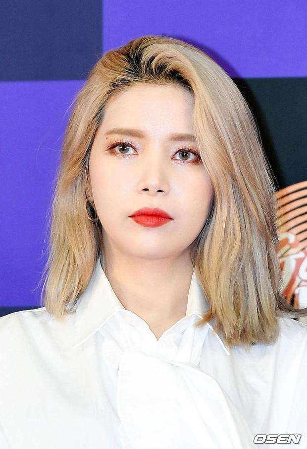 Siêu thảm đỏ Grammy Hàn: Momo lấn át mỹ nhân đẹp nhất thế giới, ác nữ nổi bần bật bên ITZY, MAMAMOO và quân đoàn idol - Ảnh 15.