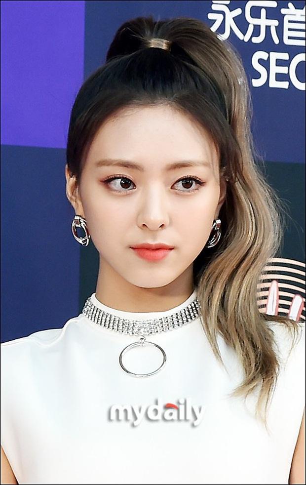 Siêu thảm đỏ Grammy Hàn: Momo lấn át mỹ nhân đẹp nhất thế giới, ác nữ nổi bần bật bên ITZY, MAMAMOO và quân đoàn idol - Ảnh 19.