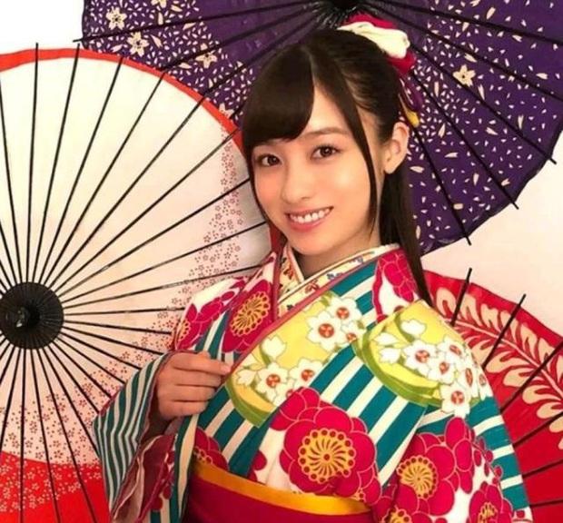 Idol ngàn năm mới gặp Kanna Hashimoto: Thiếu nữ hàng đầu Jbiz nay sắc vóc tuột dốc không phanh vì thói bia rượu - Ảnh 20.
