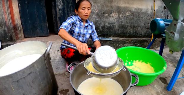 """Đổi gió nấu sữa ngô giữa mùa đông… """"cho nó mát"""", Bà Tân Vlog lại được dân tình ủng hộ vì một thay đổi nhỏ nhưng có võ - Ảnh 4."""