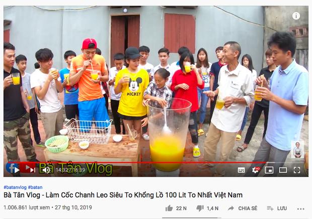 """Đổi gió nấu sữa ngô giữa mùa đông… """"cho nó mát"""", Bà Tân Vlog lại được dân tình ủng hộ vì một thay đổi nhỏ nhưng có võ - Ảnh 7."""