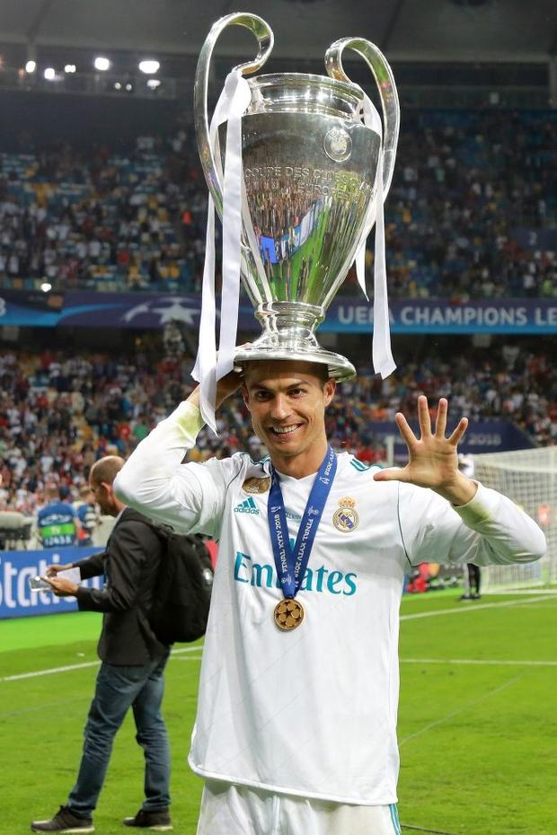 5 kỷ lục Ronaldo có thể xô đổ trong năm 2020 - Ảnh 1.