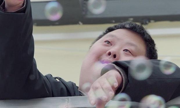 Chu Châu - Nhạc trưởng chỉ huy cả dàn nhạc nhưng có IQ chỉ bằng đứa trẻ 3 tuổi khiến thế giới ngỡ ngàng  - Ảnh 4.