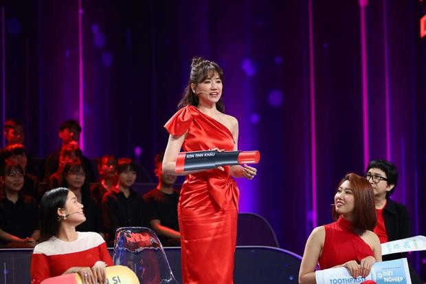 Trường Giang được tặng 1 năm kem diệt nghiệp, Trấn Thành bị bà xã bôi son tịnh khẩu - Ảnh 7.