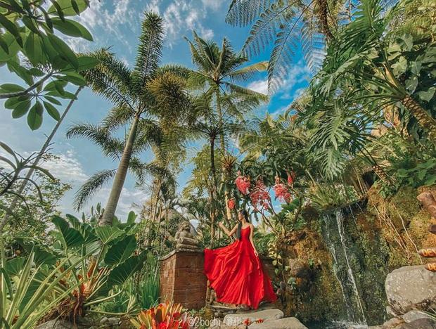"""Hành trình 7 ngày càn quét hết 23 điểm check-in hot nhất Bali của gái xinh 9x, đầu tư váy áo cũng """"không phải dạng vừa đâu""""! - Ảnh 2."""