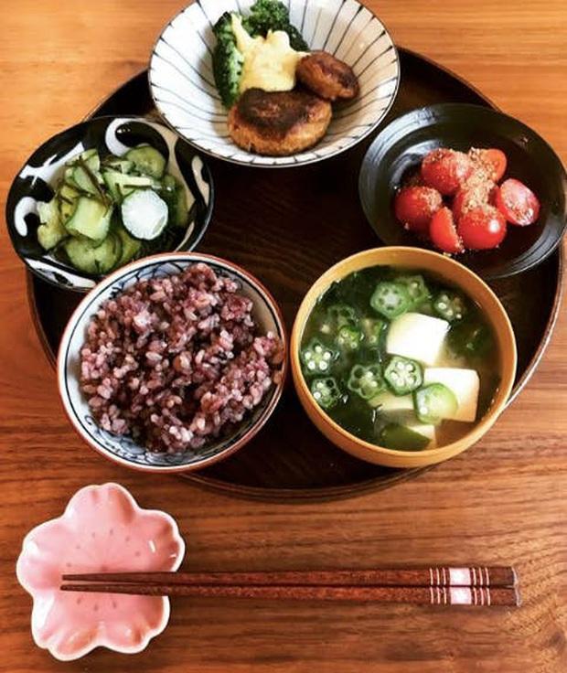 HLV Nhật Bản chia sẻ 4 lời khuyên giúp giảm 1.6kg trong 4 ngày, bụng nhỏ đi thấy rõ - Ảnh 4.