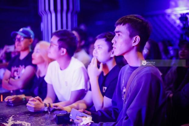 WeYoung: /saturation/ tại TP.HCM: Một đêm nhạc indie trọn vẹn với dàn nghệ sĩ indie chất chơi của đất Sài thành - Ảnh 2.