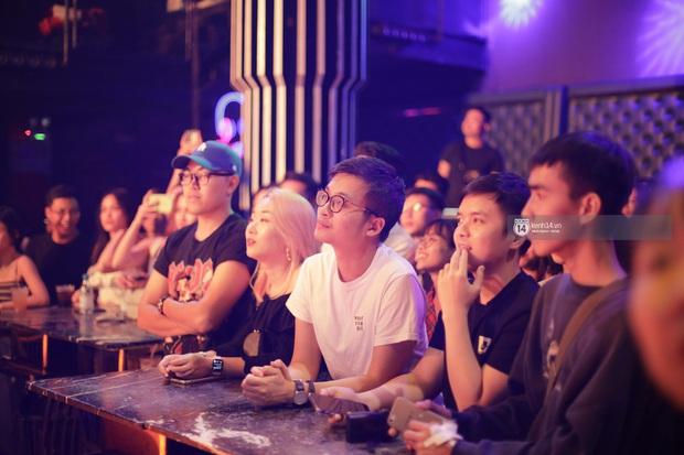 WeYoung: /saturation/ tại TP.HCM: Một đêm nhạc indie trọn vẹn với dàn nghệ sĩ indie chất chơi của đất Sài thành - Ảnh 3.