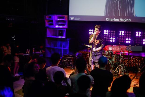 WeYoung: /saturation/ tại TP.HCM: Một đêm nhạc indie trọn vẹn với dàn nghệ sĩ indie chất chơi của đất Sài thành - Ảnh 5.