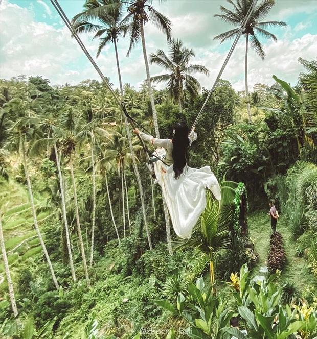 """Hành trình 7 ngày càn quét hết 23 điểm check-in hot nhất Bali của gái xinh 9x, đầu tư váy áo cũng """"không phải dạng vừa đâu""""! - Ảnh 1."""