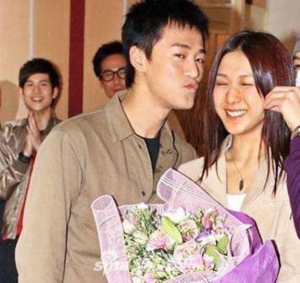 Thiếu gia TVB Lâm Phong: Tình sử toàn phốt bị tung ảnh nóng, đào mỏ và cái kết viên mãn bất ngờ nhờ lời cha mẹ - Ảnh 4.
