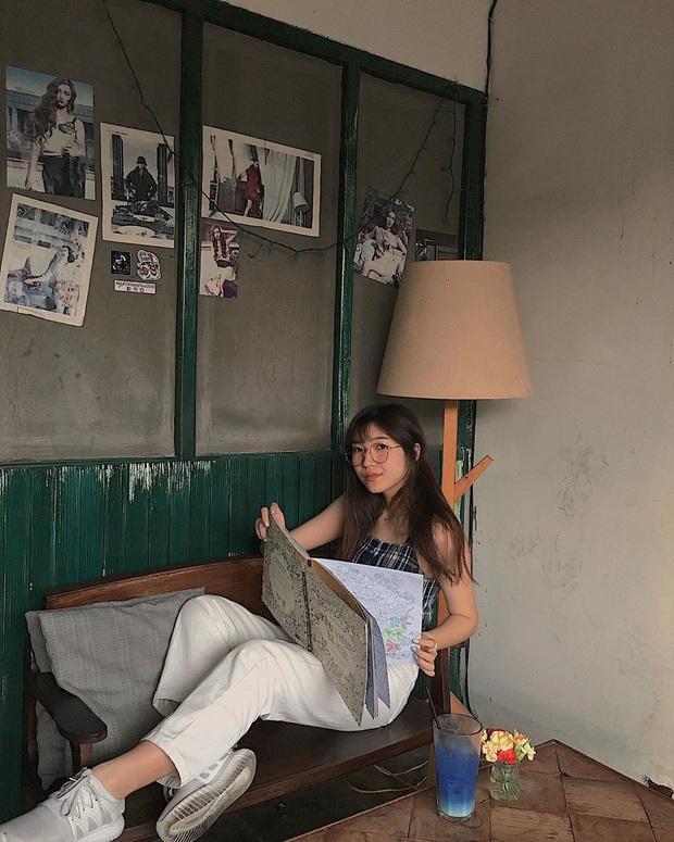 Khoanh vùng 4 chung cư cũ ở Sài Gòn: Đẹp không khác gì studio, cứ đến thì kiểu gì cũng có cả rổ ảnh mang về - Ảnh 4.