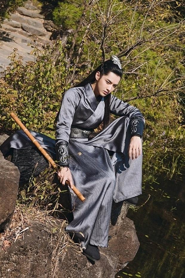 Chiêu cũ xài lại: Dương Tử dính nghi vấn cosplay tạo hình Hương Mật Tựa Khói Sương trong Thanh Trâm Hành? - Ảnh 9.