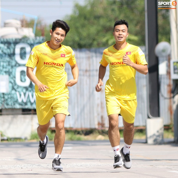HLV Park Hang-seo lo sợ cả nước hồ bơi gây hại cho cầu thủ trước thềm VCK U23 châu Á 2020 - Ảnh 7.