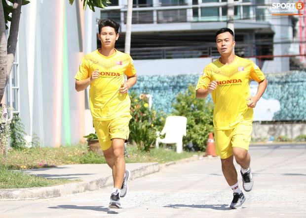 HLV Park Hang-seo lo sợ cả nước hồ bơi gây hại cho cầu thủ trước thềm VCK U23 châu Á 2020 - Ảnh 5.