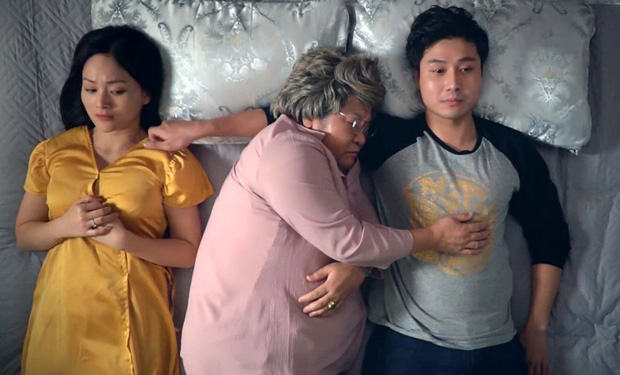 Muôn kiểu bà nội chồng trên màn ảnh Việt, đáng yêu nhất vẫn là mệ nội xì tin trong Gái Già lắm Chiêu? - Ảnh 5.