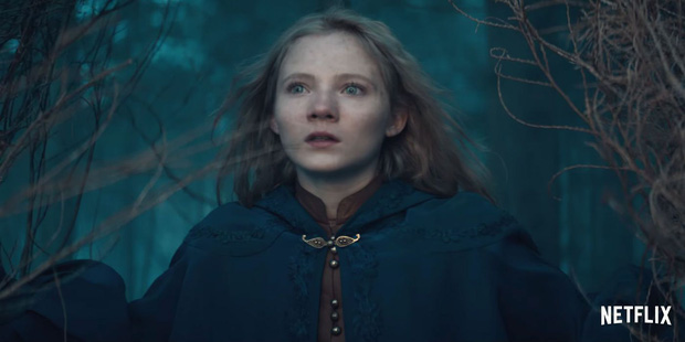 The Witcher: Cốt truyện kì ảo hấp dẫn, dàn sao siêng cởi đỏ hoe con mắt - Ảnh 7.