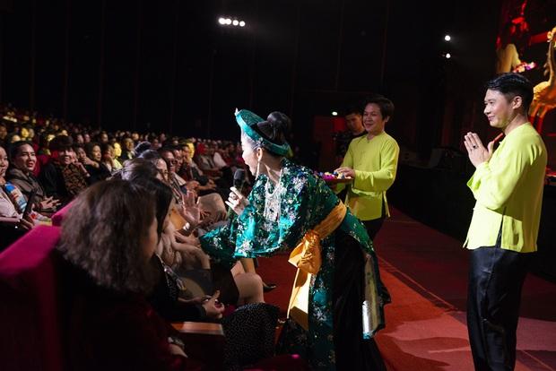 Q Show 2 tại Hà Nội: Lệ Quyên chứng minh đẳng cấp với dạ tiệc âm nhạc hoành tráng và đầy cảm xúc - Ảnh 19.