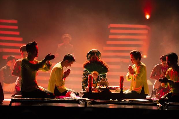 Q Show 2 tại Hà Nội: Lệ Quyên chứng minh đẳng cấp với dạ tiệc âm nhạc hoành tráng và đầy cảm xúc - Ảnh 17.