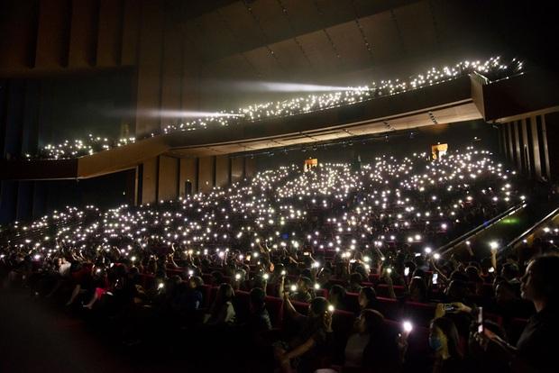Q Show 2 tại Hà Nội: Lệ Quyên chứng minh đẳng cấp với dạ tiệc âm nhạc hoành tráng và đầy cảm xúc - Ảnh 30.