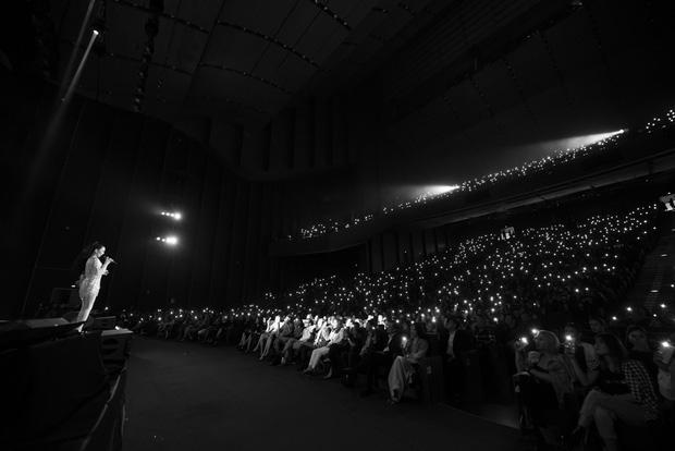 Q Show 2 tại Hà Nội: Lệ Quyên chứng minh đẳng cấp với dạ tiệc âm nhạc hoành tráng và đầy cảm xúc - Ảnh 31.