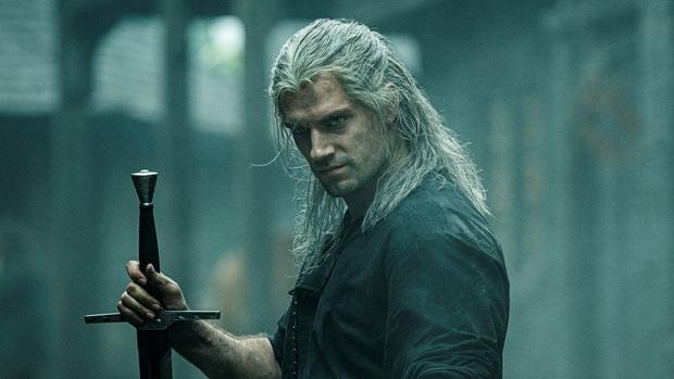 The Witcher: Cốt truyện kì ảo hấp dẫn, dàn sao siêng cởi đỏ hoe con mắt - Ảnh 2.