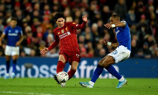 Hot boy Nhật Bản vừa có màn ra mắt Liverpool: Không những đá bóng giỏi mà còn làm bá chủ gameshow truyền hình, nắm giữ 2 kỷ lục hiện tại vẫn chưa lật đổ - Ảnh 4.