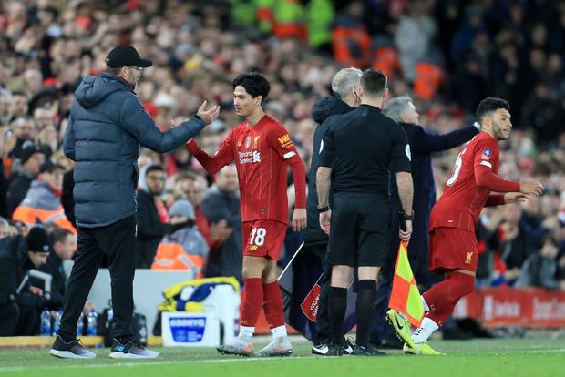 Hot boy Nhật Bản vừa có màn ra mắt Liverpool: Không những đá bóng giỏi mà còn làm bá chủ gameshow truyền hình, nắm giữ 2 kỷ lục hiện tại vẫn chưa lật đổ - Ảnh 7.