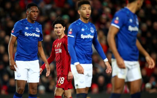 Hot boy Nhật Bản vừa có màn ra mắt Liverpool: Không những đá bóng giỏi mà còn làm bá chủ gameshow truyền hình, nắm giữ 2 kỷ lục hiện tại vẫn chưa lật đổ - Ảnh 1.