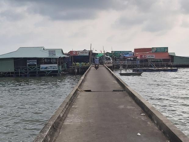 4 người bị tạm giữ vì kích động việc phá dỡ cầu cảng ở Phú Quốc - Ảnh 3.
