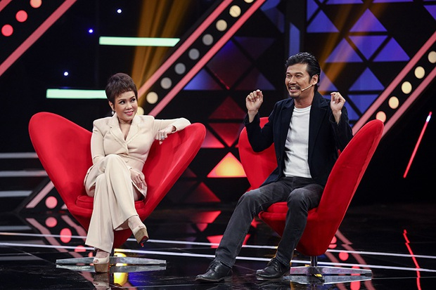 Việt Hương tiết lộ quá khứ từng hát vũ trường khi mới 15 tuổi - Ảnh 2.
