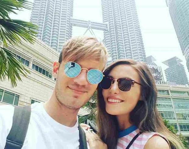YouTuber số 1 thế giới công khai chê fan Singapore và Malaysia: Quá khích và điên loạn, còn lén theo dõi mình - Ảnh 2.