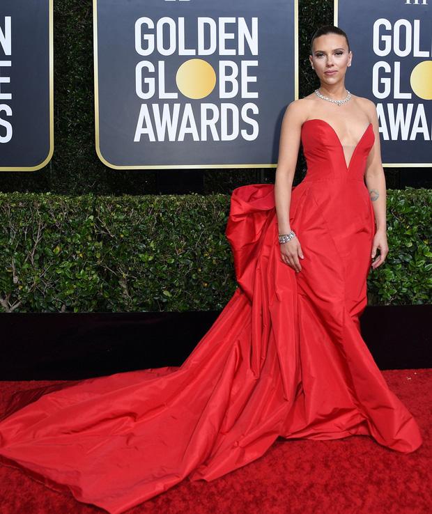 Thảm đỏ Quả Cầu Vàng: Taylor Swift chặt chém bên Goá Phụ Đen, dàn sao Ký Sinh Trùng toả sáng giữa quân đoàn sao khủng - Ảnh 15.