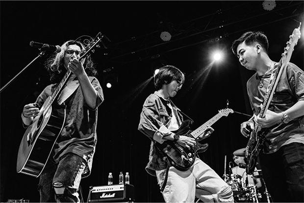 Chillies Band - Một gia vị cay nồng đặc biệt, chẳng thể lẫn vào ai trong giới indie Việt - Ảnh 6.