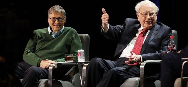 Warren Buffett chỉ ra điểm khác biệt duy nhất giữa người thành công và số đông còn lại, Bill Gates tuy ngạc nhiên nhưng phải đồng tình: Bận rộn chưa chắc đã thành công!  - Ảnh 1.