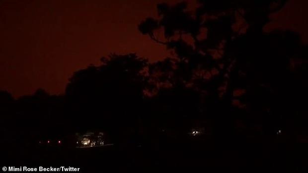 Sự thật về tấm hình cháy rừng đại thảm họa biến nước Úc thành biển lửa đang gây bão cộng đồng mạng - Ảnh 2.