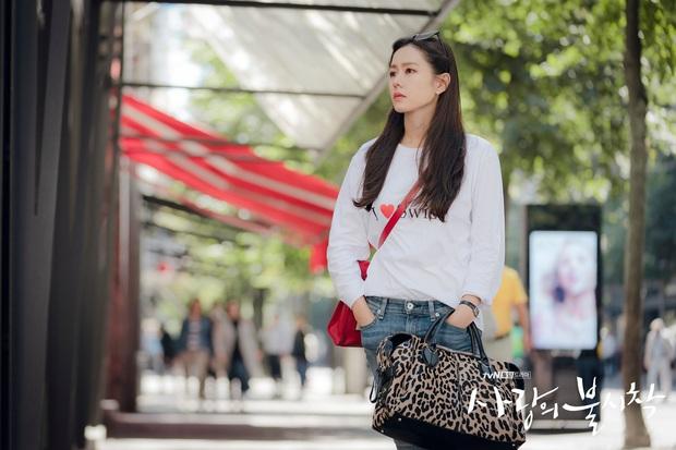 Chị đẹp Son Ye Jin U40 vẫn trẻ như gái 18 nhờ loạt kiểu tóc nữ tính tuyệt xinh trong Crash Landing On You - Ảnh 4.