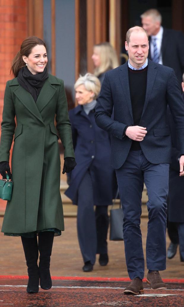 Biết là Công nương Kate mặc đẹp nhưng đến độ chất như fashionista thế này thì mới đáng trầm trồ - Ảnh 7.