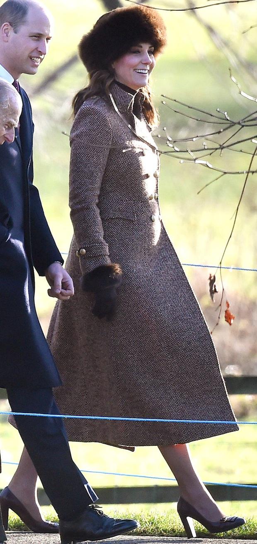 Biết là Công nương Kate mặc đẹp nhưng đến độ chất như fashionista thế này thì mới đáng trầm trồ - Ảnh 8.