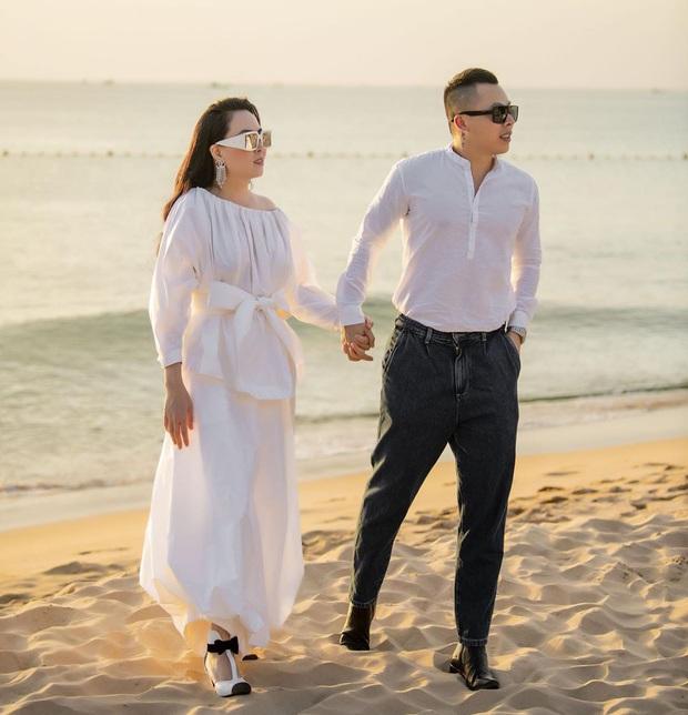 Street style sao Việt: Phượng Chanel ton sur ton cùng bạn iu Vũ Khắc Tiệp, Hà Tăng giản dị nhưng chất nhất tuần - Ảnh 2.