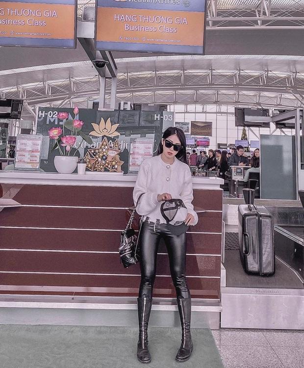 Street style hot girl Việt đầu năm mới: Cá tính sang chảnh đủ cả, ngắm qua là biết lễ Tết nên sắm váy áo thế nào là chuẩn - Ảnh 10.