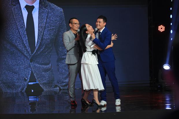 Ký ức vui vẻ: NSƯT Chí Trung từng nghĩ đến cái chết, Tự Long bật khóc khi nói về chương trình - Ảnh 10.