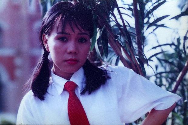 Việt Hương tiết lộ quá khứ từng hát vũ trường khi mới 15 tuổi - Ảnh 3.