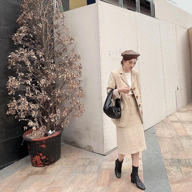 Street style hot girl Việt đầu năm mới: Cá tính sang chảnh đủ cả, ngắm qua là biết lễ Tết nên sắm váy áo thế nào là chuẩn - Ảnh 1.