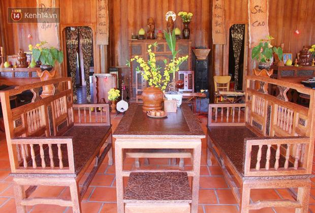 Căn nhà gần 6 tỷ đồng được làm từ 4.000 cây dừa của lão nông 80 tuổi gây ngỡ ngàng người dân miền Tây - Ảnh 7.