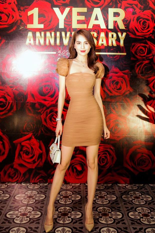 Để chứng minh mình dáng chuẩn, sao Việt nô nức diện kiểu váy siêu ngắn siêu bó siêu kén dáng - Ảnh 3.