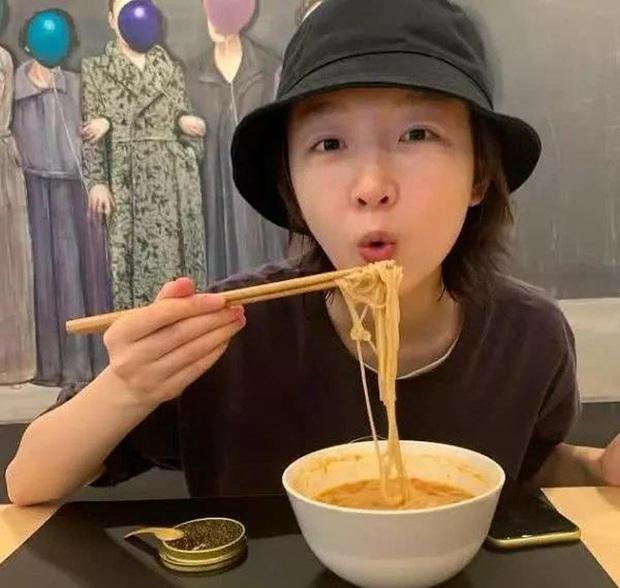 Khổ thân Châu Đông Vũ: Cứ đi show là gây tranh cãi, ăn mì tôm cũng không thoát khỏi thị phi - Ảnh 6.