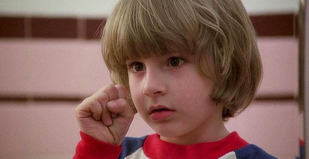 6 tuổi đã bị lừa đóng phim kinh dị, diễn viên nhí The Shining lớn lên mới kể hồi xưa tưởng đó là phim gia đình! - Ảnh 2.