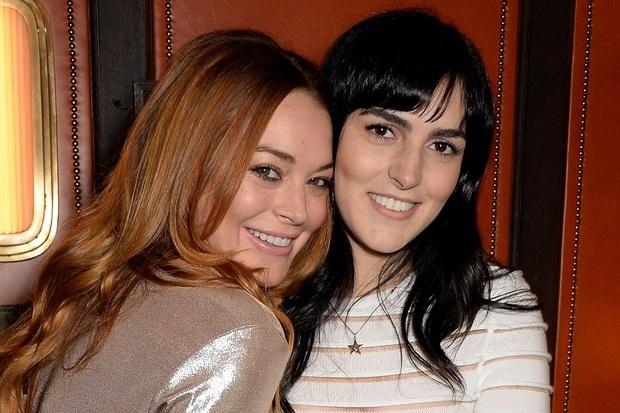 Cô nàng lắm chiêu Lindsay Lohan bất ngờ thả thính Liam Hemsworth, hóa ra là vì liên quan tới cặp Miley - Cody? - Ảnh 4.